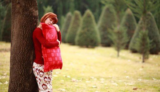 抱き枕やぬいぐるみを抱いて寝る人の心理!ないと寝れない人は必見