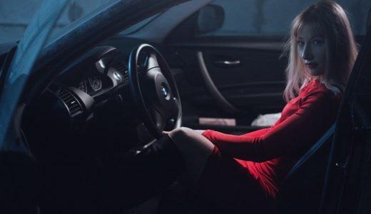運転を片手でする人の心理!男性も女性もハンドルで性格が分かる